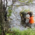 НП Паанаярви. Обследование рек с помощью акваскопа.